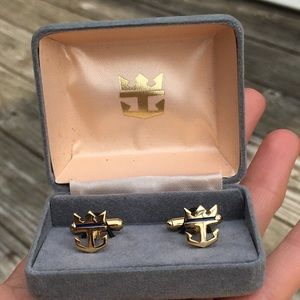 Rare vintage men's crown and anchor cuff links